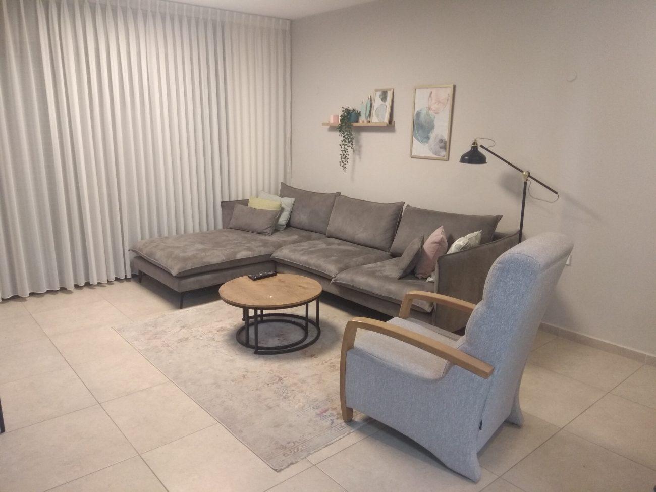 דירת מיני פנטהאוז 4 חדרים למכירה!